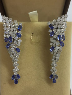 Diamond and tanzanite earrings, total 12.35 ct