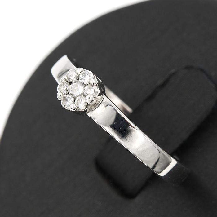 White gold, 18 kt/750 - Cocktail ring - Diamonds, 0.30 ct  - Inner diameter: 17.70 mm