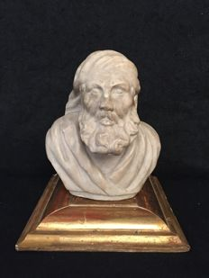 "Marble sculpture of a ""Venetian merchant"" - Italy - late 16th / early 17th century"