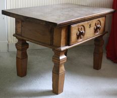 Spanish pay table, first half of 20th century,