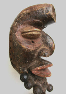 very old facial mask DAN NGUERRE or WERE - Liberia