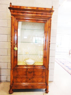 Louis Philippe style walnut wood display cabinet - Italy - 19th century