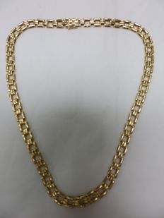 18 kt Gold Choker with Intertwined Links – 43.5 cm