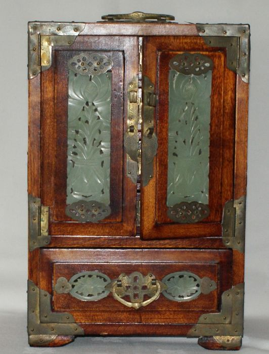 Wooden Jewellery Box With Copper Frames And Plaques China