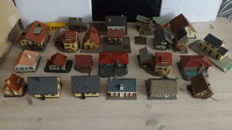 Faller/Vollmer/Kibri H0 - lot of various buildings - total 25 pieces