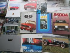 Car brochures (small brands, AHK/DAF/Lada/Landwind/Rush/Skoda/MCC, 11x, 1974-2001)