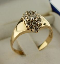 14 kt Gold ring inlaid with diamond – Ring size: 18.5 cm