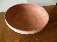 Very large terra sigillata plate from the Roman period - dia 225 mm
