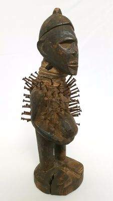 African nail statue - fetish - NKISI - YOMBE - D.R. of the Congo