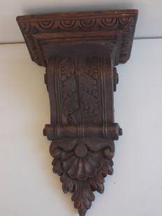 Antique richly carved oak wood capital - Italy, early 19th century