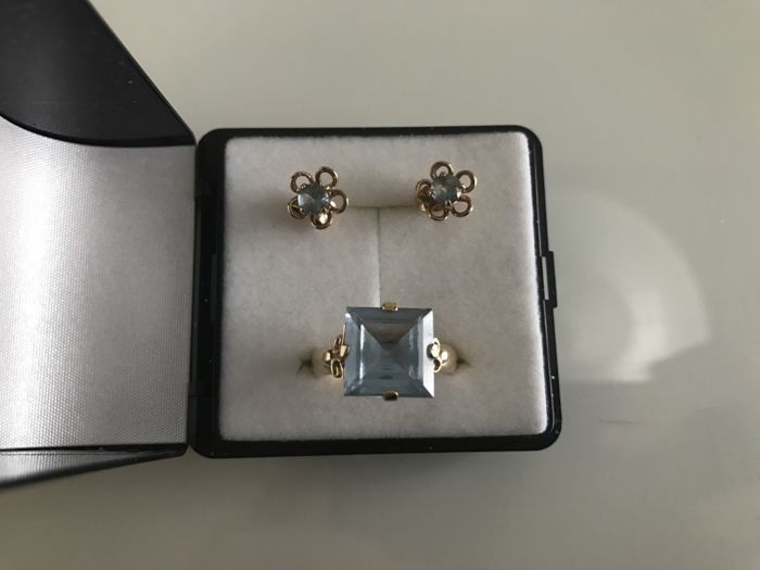 14K gold Aquamarin ring (size 16,5mm) and earrings *** No Reserve ***