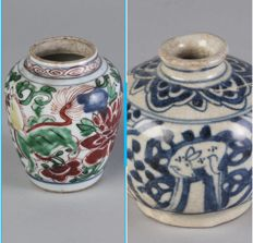 Two  jarlets - China  -  17th Century  ( Ming dynasty )