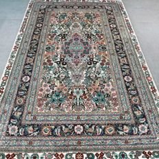 Phenomenal silk Chinese Hereke, 122 cm x 78 cm, 1,000,000 knots per m², collector's item!