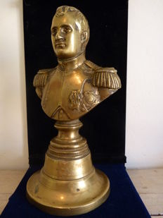 Antique bronze bust of emperor Napoleon Bonaparte