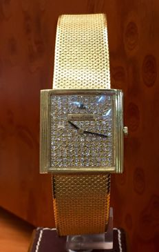 18 kt gold Jaeger Le-Coultre Vintage. Dial with diamonds.  Men's watch. Wound. 1960s
