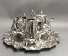 Impressive Antique silver plated tea set on a round serving tray, Hartford Sterling Company, Philadelphia, U.S.A, ca. 1900 **