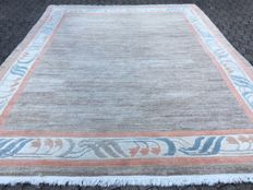 A magnificent, very high quality, soft and supple NEPAL - approx. 355 x 252 cm - with certificate of authenticity