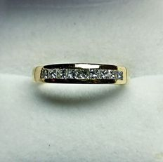 14K Gold Ring with Princess cut diamonds, Size 54 / 17.3 mm