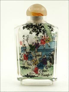 Snuff flask in glass paint, dated - China - Second half of the 20th century