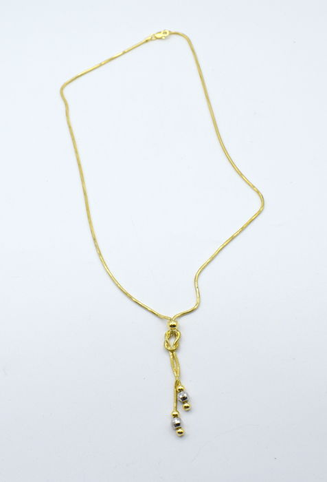 14 K yellow and white gold Necklace   ,  chain length :  45 cm
