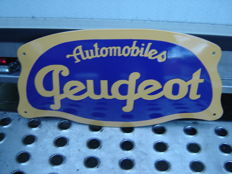 Wonderful intact convex enamel automobiles Peugeot sign