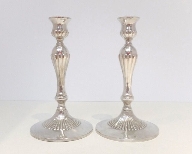 2 Candle stands solid silver, Italie 20th century