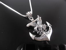 Necklace with 925 silver pendant. 60 cm.
