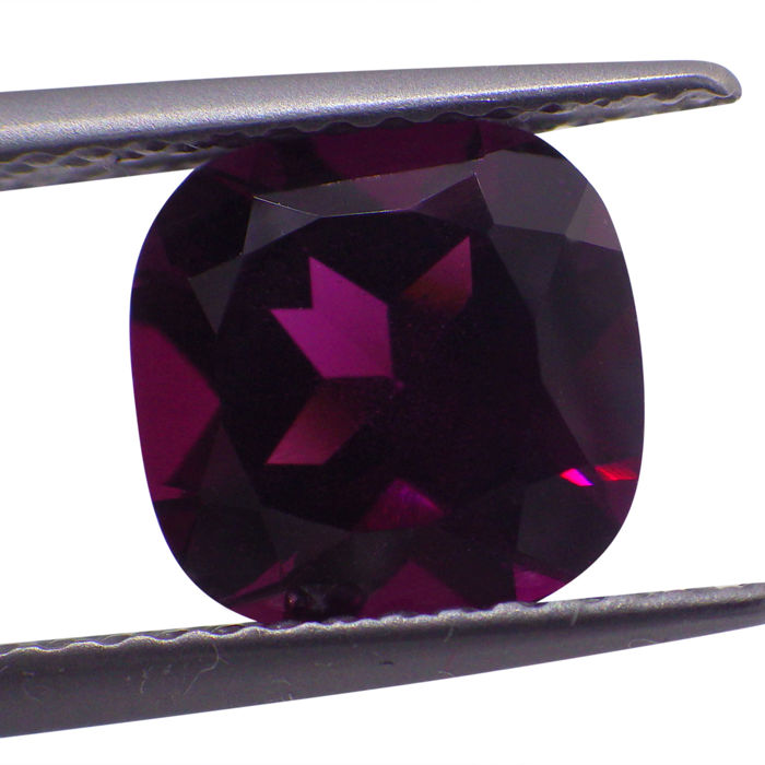 Grape Garnet - 1.95 ct