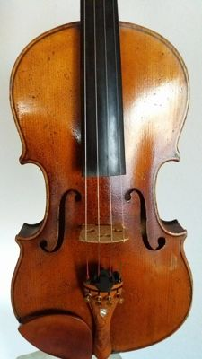 Old 4/4 Violin with Panormo on the back side