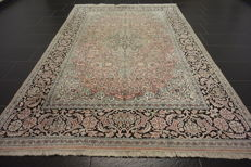 Magnificent hand-knotted silk carpet Cashmere silk Qom natural silk 180 x 275 cm made in Cashmere