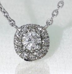 14 kt white gold pendant with 13 cut diamonds, 0.30 ct in total with 46 necklace*** No reserve ***