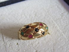 14 kt yellow gold ring with rubies, emeralds and blue sapphires - Size 55/56.