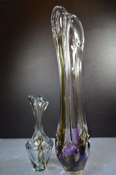 Maastricht - Two coloured transparent vases