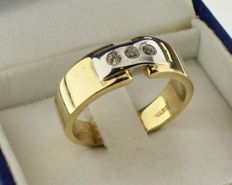14 kt Gold ring inlaid with zirconia - Ring size: 17.75