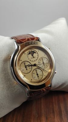 Gucci 8300 Chronograph and moon phase - Men's Watch, New - 2000's
