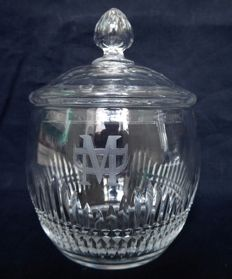 Baccarat crystal sugar pot or candy box, France, circa 1900 registered in the 1916 catalog