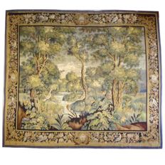 French tapestry of Aubusson, 292 x 257 cm. Wool and silk, early 20th century