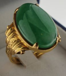 Yellow gold, vintage, handmade ring, 23 karat, inlaid with jade, ring size 19