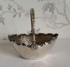 Silver plated bonbon basket with handle