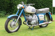 Izh Jupiter - Type 3 - two-cylinder 350cc - 1974