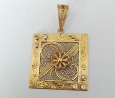 19.25kt 800/1000 gold pendant – Hand-crafted Portuguese filigree