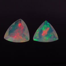 3.98 Ct - Faceted Opal Pair