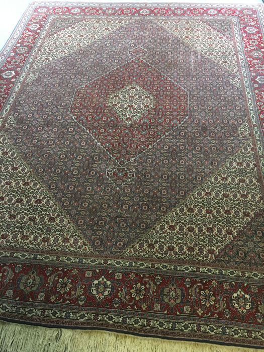 Beautiful hand-knotted original Persian TABRIZ with vegetable dyes! Approx. 311 x 400 - In very good condition - Free shipping to Europe!