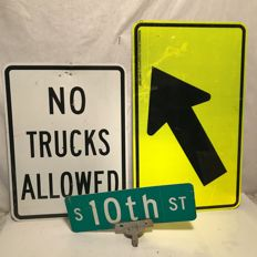 3 original street signs from the USA - No Trucks Allowed, Arrow, 10th street