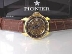 Pionier Skeleton Diamond-Gold – Automatic – 39 – Men's watch – Year 2017, never worn and in new condition