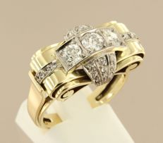 14 kt Bicolour gold tank ring set with Bolshevik cut and rose cut diamonds, approx. 1 ct in total
