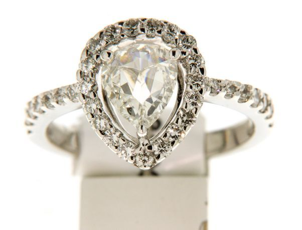 white golden ring with modern rose cut pear shaped diamonds/ 0.80 ct/18kt. / size 49.5