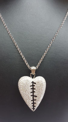 Swarovski Crystal Pepper Pendant Necklace Reversible Broken Heart Stitched Up, No reserve!!