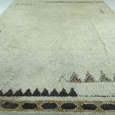 "Berber – 345 x 248 cm – ""Extra Large, modern, Persian carpet in beautiful condition"" – With certificate"