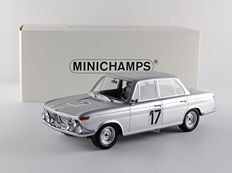 Minichamps - Scale 1/18 - BMW 2000 Ti #17 Winners 24h Spa 1966